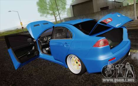 Mitsubishi Lancer Evo X GangLow para visión interna GTA San Andreas