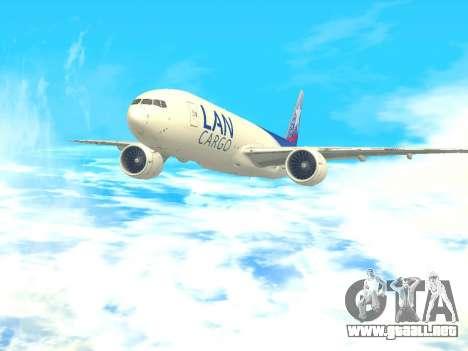 Boeing 777 LAN Cargo para GTA San Andreas vista posterior izquierda