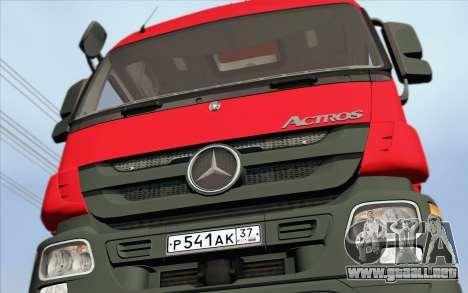 Mercedes-Benz Actros para GTA San Andreas vista posterior izquierda