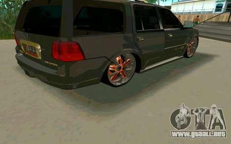 Lincoln Navigator DUB Edition para GTA San Andreas vista hacia atrás