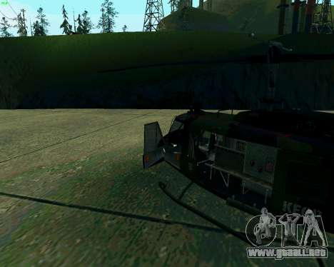 UH-1D Huey para GTA San Andreas left