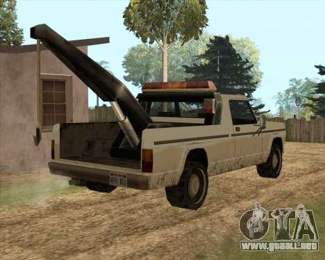 Nuevo Remolque (Sadler) para GTA San Andreas vista posterior izquierda