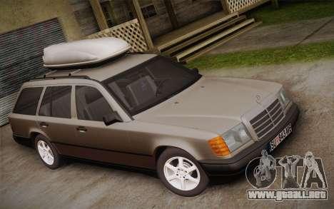 Mercedes-Benz E-Class W124 Kombi para GTA San Andreas vista posterior izquierda