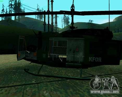 UH-1D Huey para GTA San Andreas vista hacia atrás