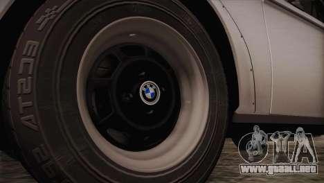 BMW 2002 1973 para GTA San Andreas vista hacia atrás