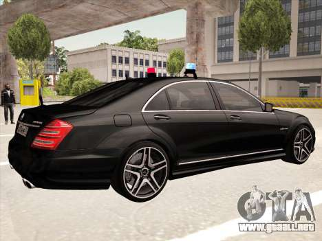 Mercedes-Benz S65 AMG 2012 para la visión correcta GTA San Andreas