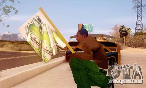 Un signo de la publicidad de la cerveza para GTA San Andreas sucesivamente de pantalla
