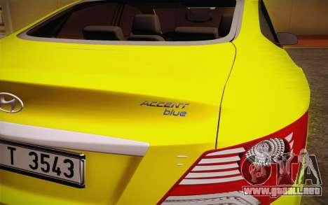 Hyundai Accent Taxi 2013 para la visión correcta GTA San Andreas