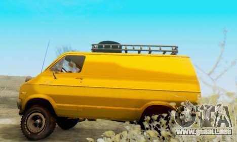Dodge Tradesman Van 1976 para GTA San Andreas vista hacia atrás
