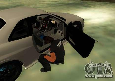 Nissan Skyline R34 V-Spec para GTA San Andreas vista posterior izquierda