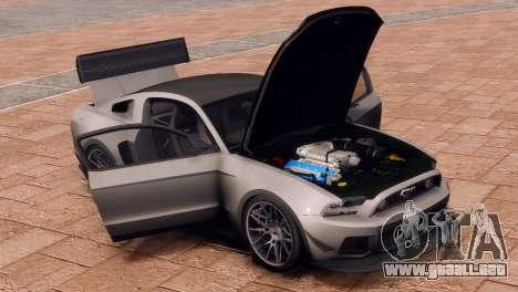 Ford Mustang GT 2014 Custom Kit para GTA 4 vista hacia atrás