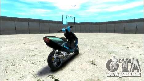 Yamaha Aero X Polini para GTA 4 Vista posterior izquierda