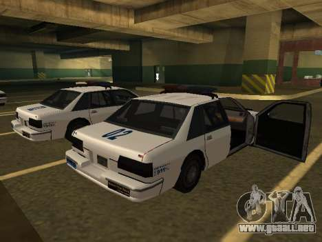 Police Original Cruiser v.4 para GTA San Andreas left