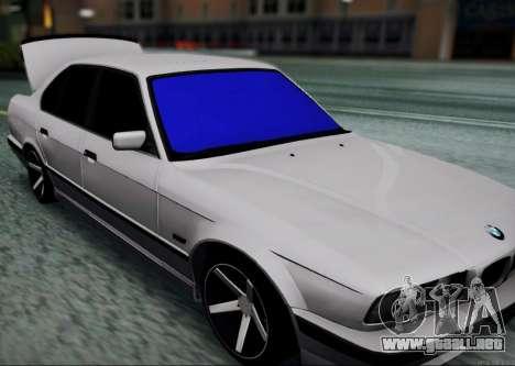 BMW 520i E34 para GTA San Andreas vista posterior izquierda