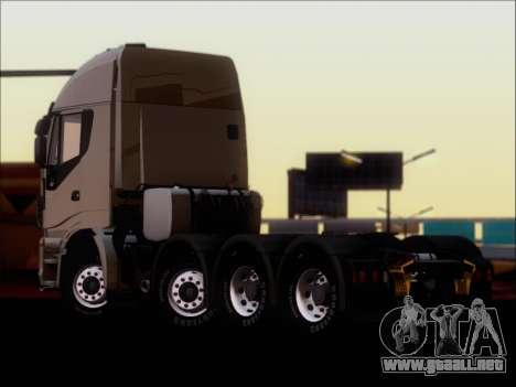 Iveco Stralis HiWay 560 E6 8x4 para la visión correcta GTA San Andreas