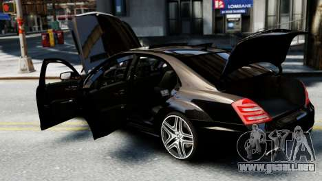 Mercedes-Benz S65 W221 AMG v1.3 para GTA 4 vista interior