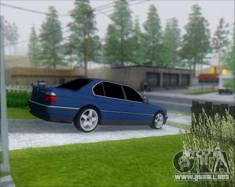 BMW 7 E38 para GTA San Andreas vista posterior izquierda