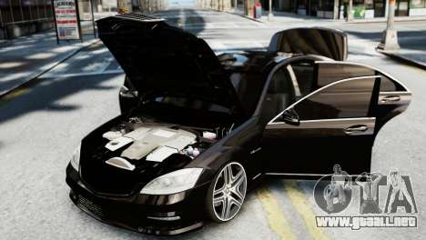 Mercedes-Benz S65 W221 AMG v1.3 para GTA 4 vista hacia atrás