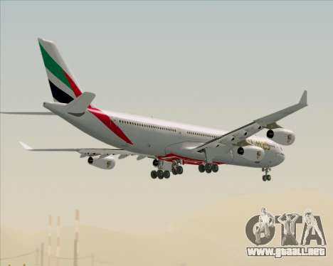 Airbus A340-313 Emirates para vista inferior GTA San Andreas