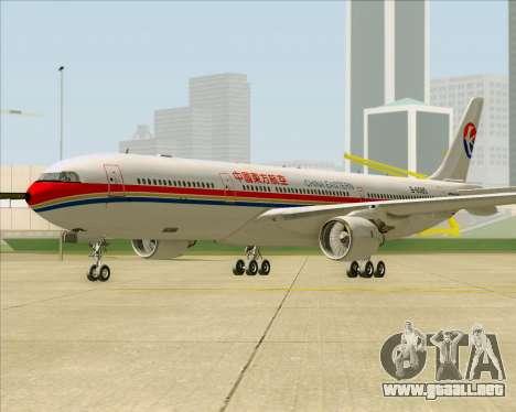Airbus A330-300 China Eastern Airlines para GTA San Andreas left