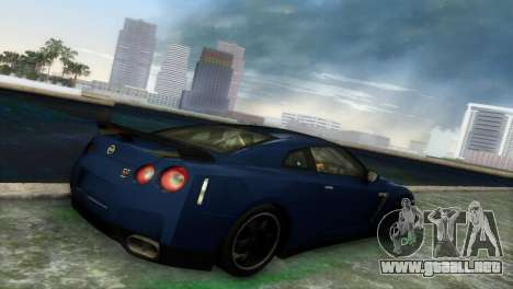 Nissan GT-R SpecV Black Revel para GTA Vice City vista posterior