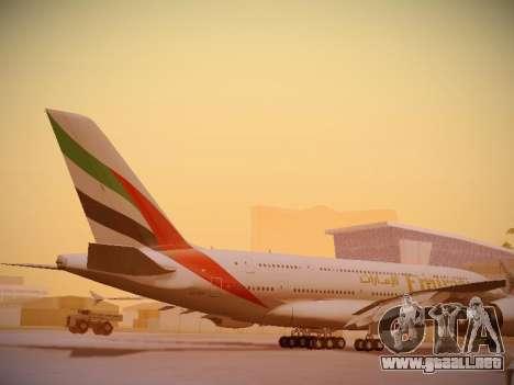 Airbus A380-800 Emirates para vista lateral GTA San Andreas