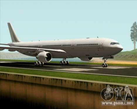 Airbus A330-300 Full White Livery para GTA San Andreas left