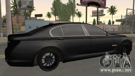 BMW 760 para GTA San Andreas left
