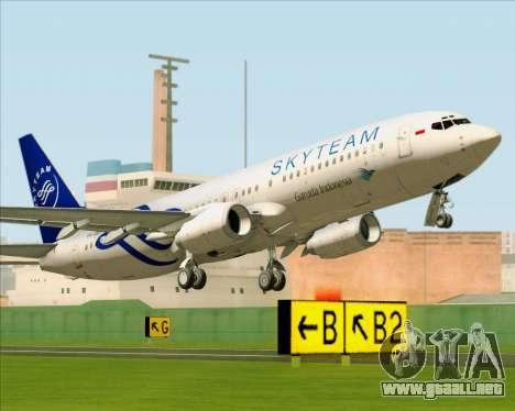 Boeing 737-86N Garuda Indonesia para GTA San Andreas vista hacia atrás