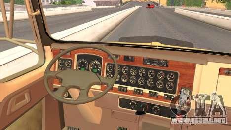 Kenworth T800 Road Train 8X6 para GTA San Andreas vista hacia atrás