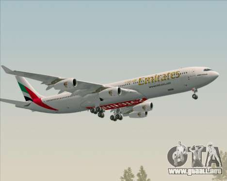 Airbus A340-313 Emirates para vista lateral GTA San Andreas