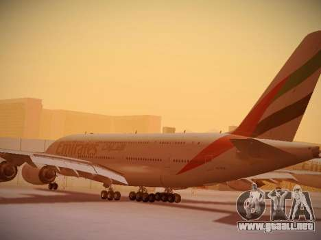Airbus A380-800 Emirates para GTA San Andreas vista posterior izquierda