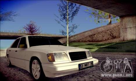 Mercedes-Benz E320 Delta Garage para la visión correcta GTA San Andreas