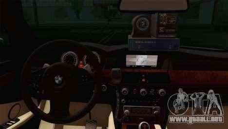El BMW 530xd DPS para GTA San Andreas vista posterior izquierda