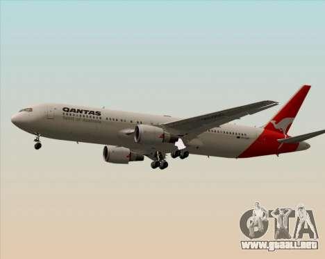 Boeing 767-300ER Qantas (Old Colors) para GTA San Andreas vista posterior izquierda