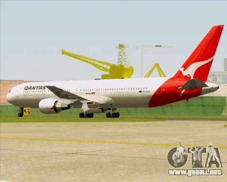 Boeing 767-300ER Qantas (Old Colors) para GTA San Andreas vista hacia atrás