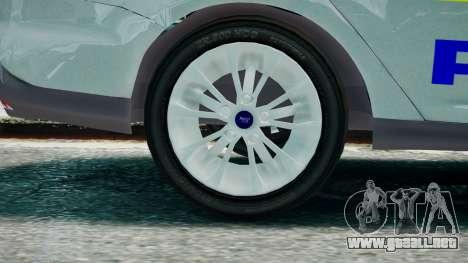 Met Police Ford Focus Estate IRV ELS 8 2013 para GTA 4 Vista posterior izquierda
