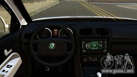 Skoda Octavia Scout Police para la visión correcta GTA San Andreas