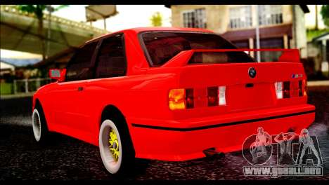 BMW M3 E30 Stock para GTA San Andreas left