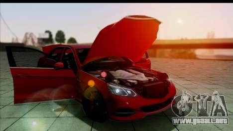 Mercedes-Benz E63 AMG para la visión correcta GTA San Andreas