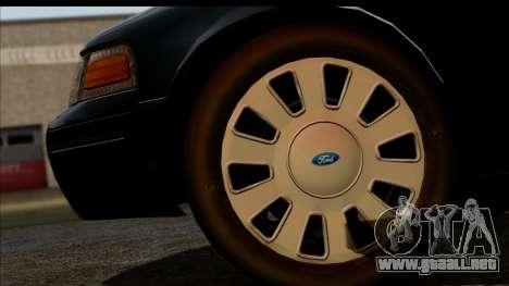 LAPD Ford Crown Victoria Whelen Lightbar para la visión correcta GTA San Andreas