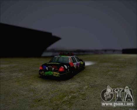Ford Crown Victoria Ghetto Style para GTA San Andreas left