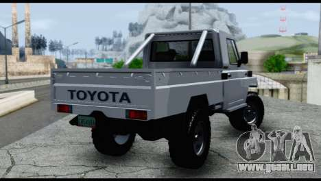 Toyota Land Cruiser Macho Pick-Up 2007 4.500 para GTA San Andreas left