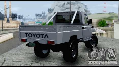Toyota Land Cruiser Macho Pick-Up 2007 4.500 para GTA San Andreas left