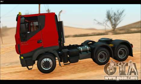Iveco Trakker 2014 (IVF & ADD) para GTA San Andreas left