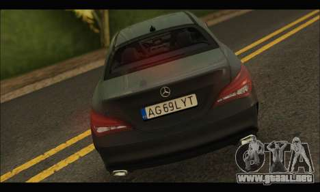 Mercedes Benz CLA 250 2014 para la visión correcta GTA San Andreas