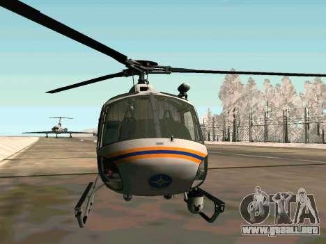 Bo 105 EMERCOM de Rusia para GTA San Andreas vista posterior izquierda