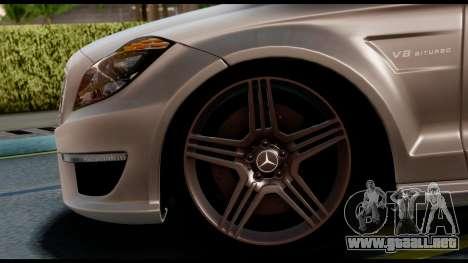 Mercedes-Benz CLS 63 AMG 2010 para GTA San Andreas vista posterior izquierda