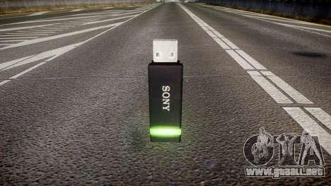 Unidad flash USB de Sony verde para GTA 4 segundos de pantalla