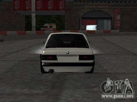BMW M3 E30 Drift para GTA San Andreas vista hacia atrás